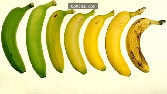 他持續一個月「每天都吃兩根香蕉」想看有什麼效果,結果全身竟然出現了驚人的變化… -