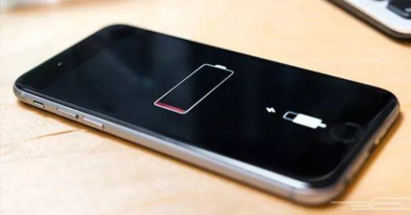 手機掉電太快?其實是你充電方式錯了 !