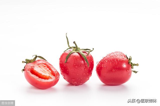 西紅柿營養價值可不低,但這兩種錯誤吃法,可能會讓營養「跑掉」