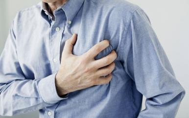 心梗多是'拖'出來的,身體一旦出現3種徵兆,最好去檢查一下