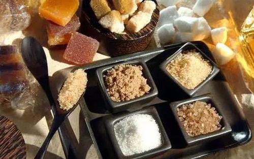你以為少吃糖就不會患上糖尿病嗎?醫生提醒:這些食物多吃也不行