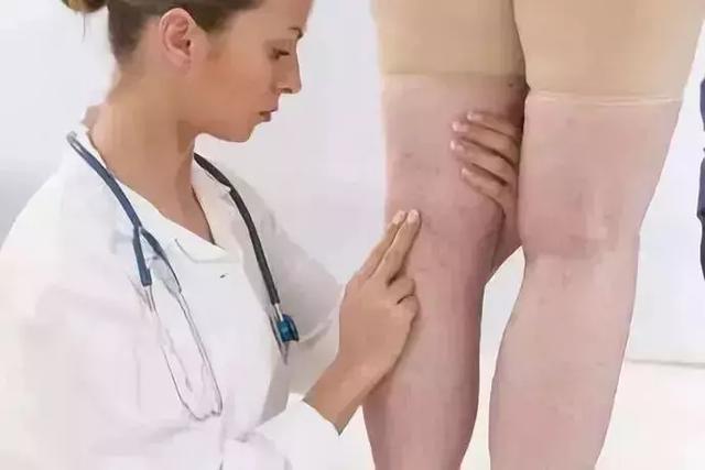 1把梳子頂5個醫生!每天梳這裡,趕走疾病,益壽延年