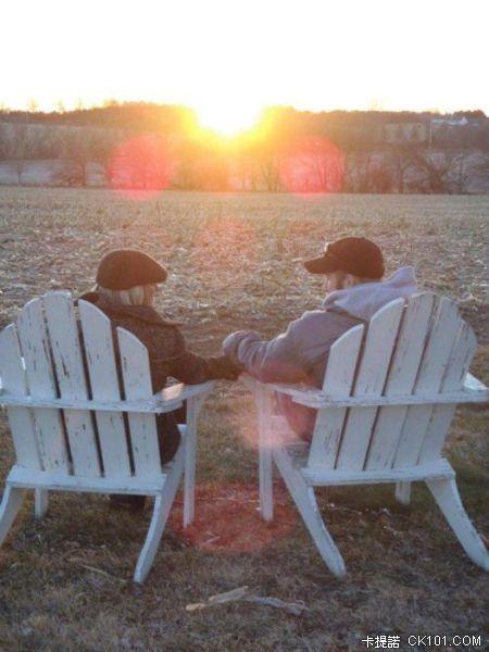 你相信有真愛嗎?用22張相片訴說的「愛情故事」