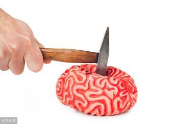 36歲男子深夜確診「高血壓性腦出血」離世,妻痛哭:早勸了,你就是不聽!醫生惋惜:血壓高的人最忌這事~~