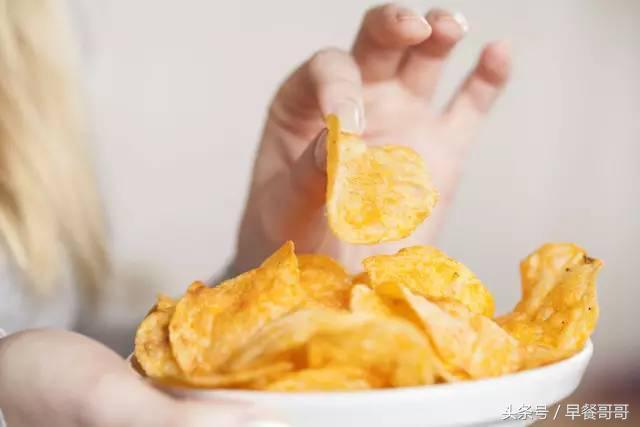 減肥最不該吃的6種零食,一口都發胖,想解饞千萬別選!