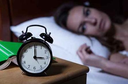 老公長期晚歸,有一天,未掛斷的電話讓我有離婚的沖動