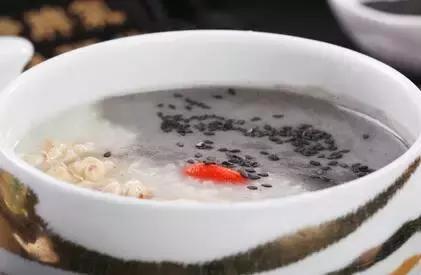 「實用」冬天給孩子煲這幾種粥,孩子長高少生病!