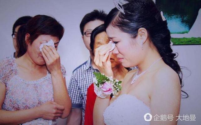 我和老公的婚禮上,一個女人突然出現,丟下三歲男孩,讓我們撫養!