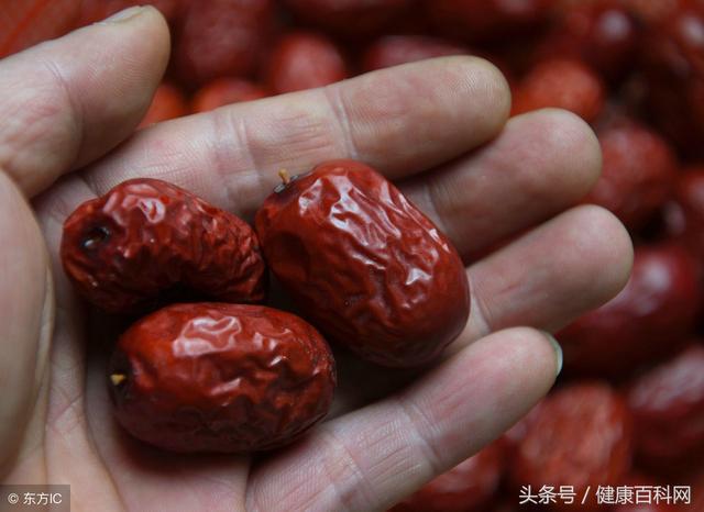 紅棗營養價值豐富,每天堅持2個紅棗,身體會有3個變化