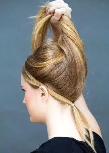 女生一定要学的绑头发技巧,发髻,马尾,公主头,编发通通有~时尚可爱图片