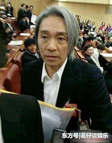 成龍老了,李連傑老了,周星馳老了,而64歲的他卻像30歲!