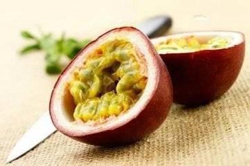 百香果藥效頂10個蘋果:止咳化痰、降低血壓、活血等功效,但百利卻有一害,1種人千萬不要吃