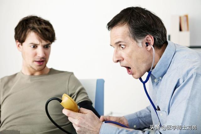 高血壓,謹記早起三不做,飯後三不急,睡前三不宜!降低血壓峰值