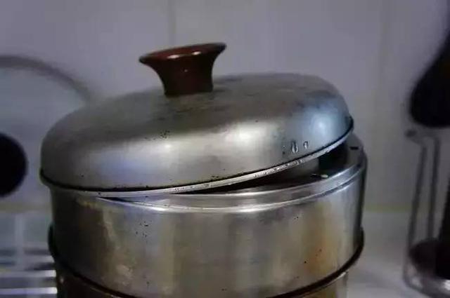 蒸鍋也能做西點,寶寶超愛的牛奶焦糖布丁!