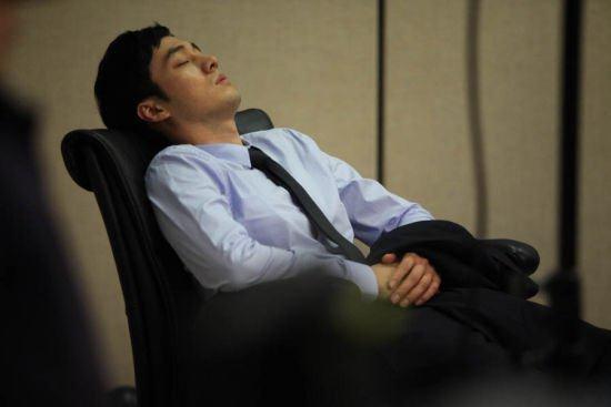 睡兩分鐘等於八鐘頭的秘訣!竟然有90%的人活到60歲都還不知道!會越睡越累只因為你睡錯了!