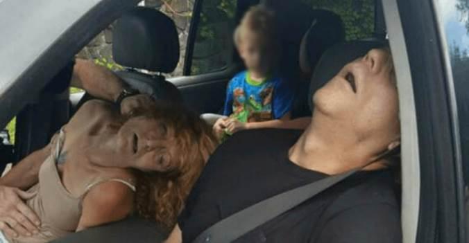 真的是太恐怖了...爺爺奶奶開車載四歲孫子居然「開到一半爽到死了」!沒想到真相竟然是...