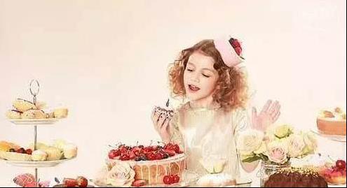 家長必看!14歲女孩全身疼痛、神智喪失!醫生說她中毒了,因為愛吃「這東西」....