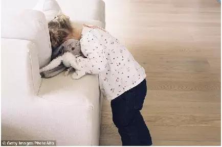 寶寶心裡苦啊!一個媽媽記錄了女兒一天內痛哭流涕的40個理由